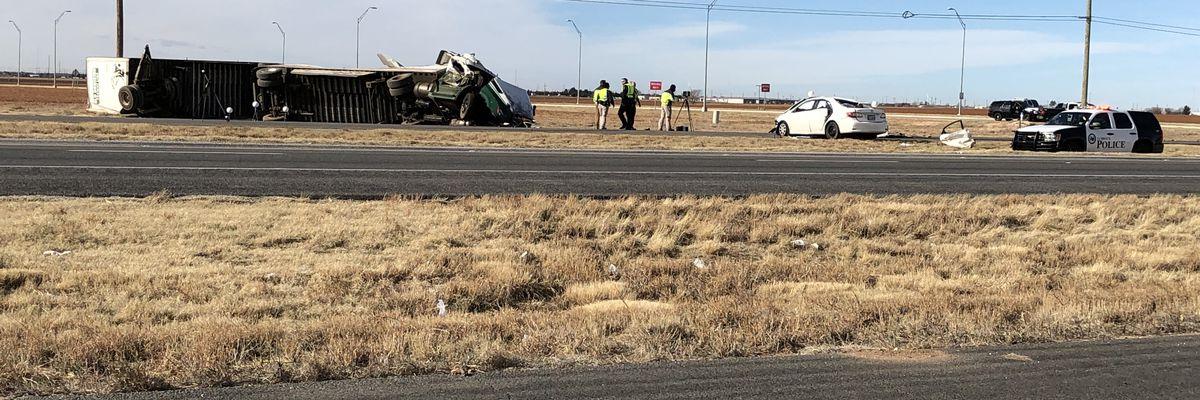 2 dead after Friday morning crash on Clovis Highway