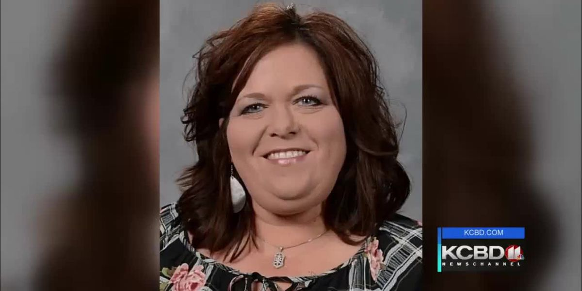 Ropesville teacher dies in crash