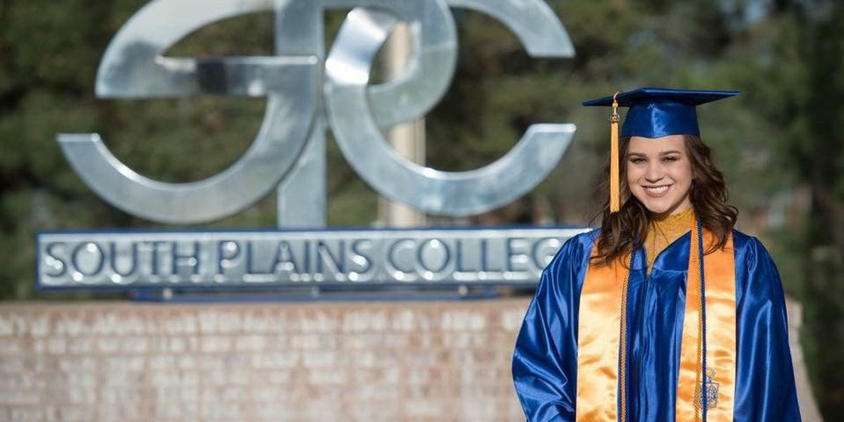 south plains college student makes history graduating at 15 years old