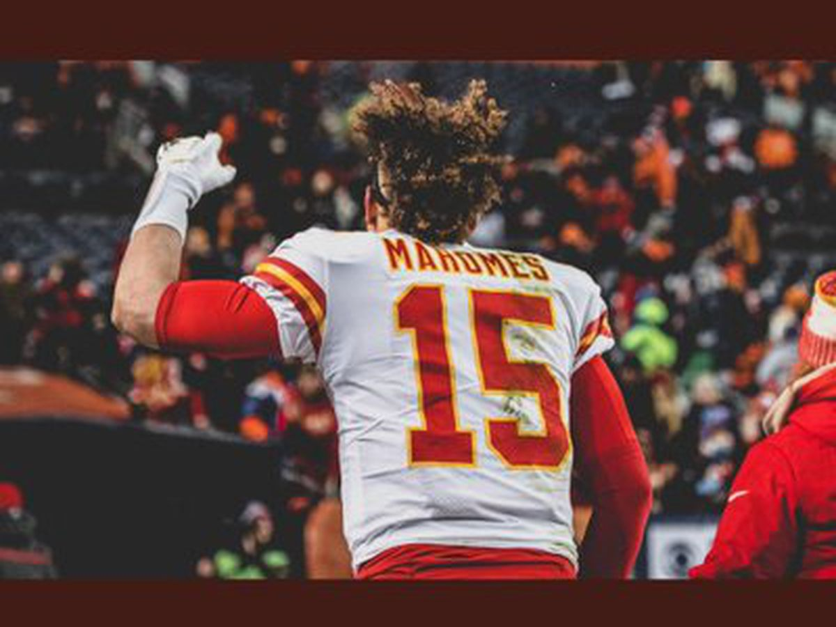 Patrick Mahomes breaks NFL record for most TD passes in first 8 career games
