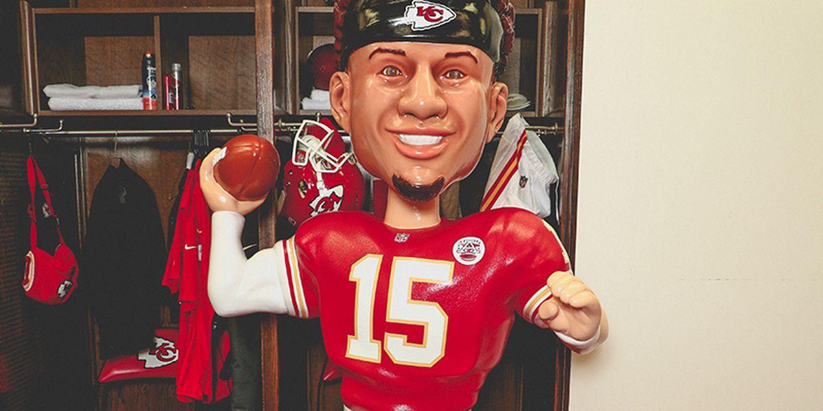 Kansas City welcomes BobblePat, life-sized bobblehead of Patrick Mahomes