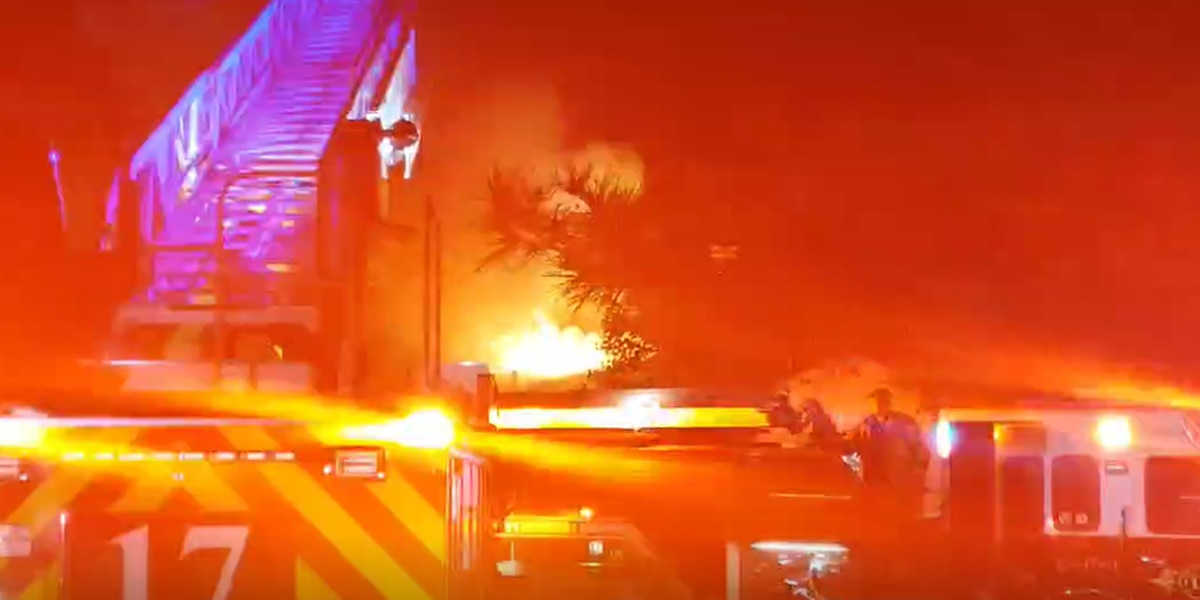 2-alarm fire in Southwest Lubbock damages apartment building