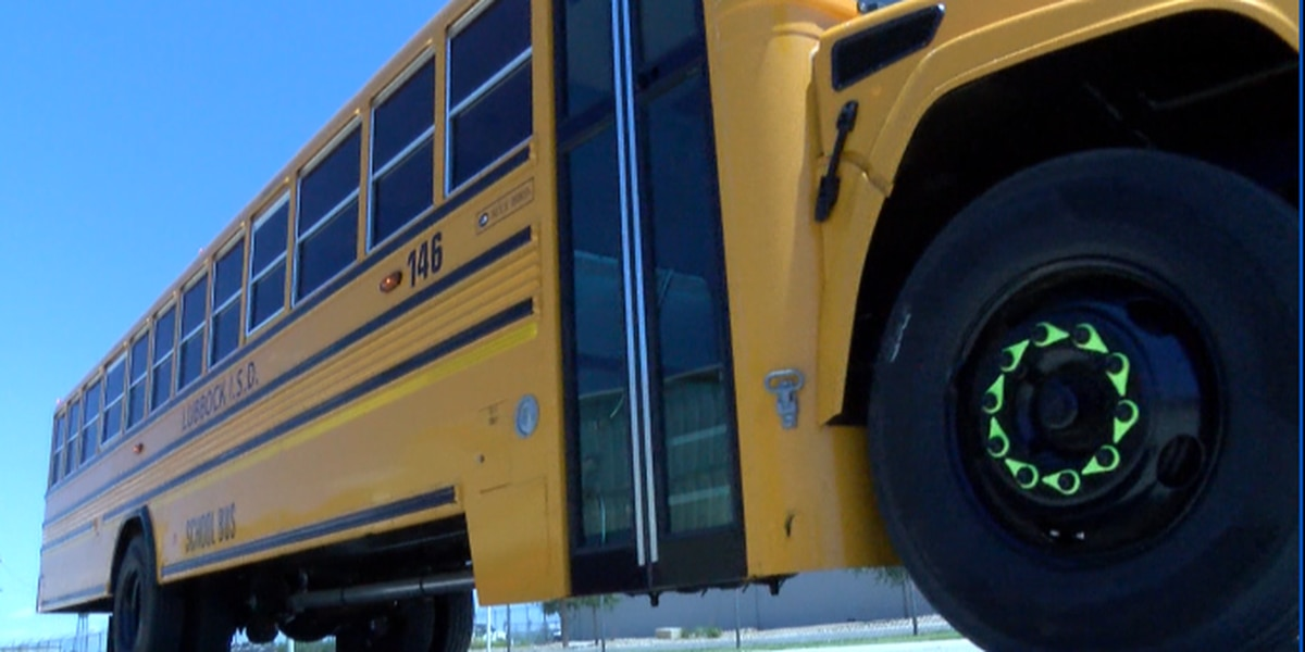 School safety traffic tips from officials for kids and parents to know