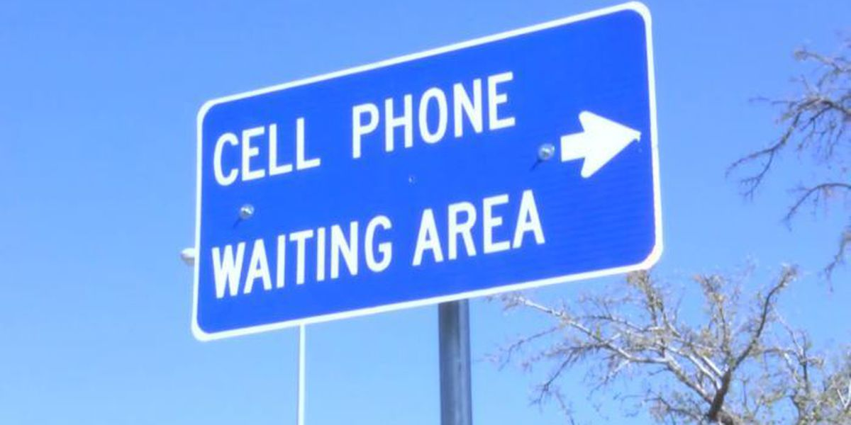 New cell phone waiting lot opening at Lubbock airport