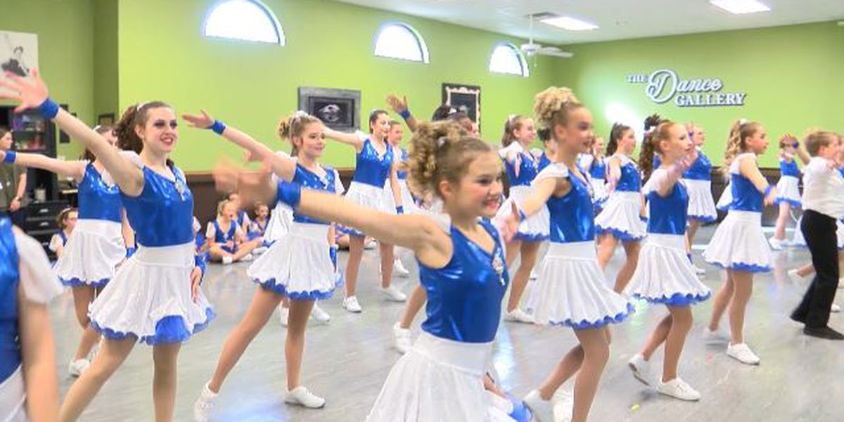 Lubbock dancers from The Dance Gallery heading to perform at Disneyland