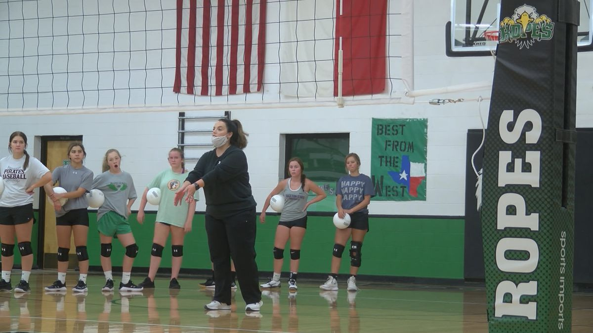 Ropes gearing up for first year of playing volleyball