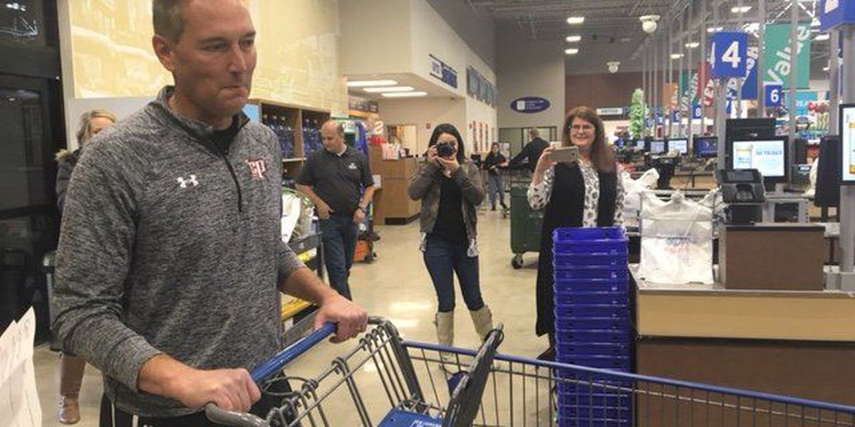 I Beat Pete: Shopping Spree vs. Coach Kattwinkel