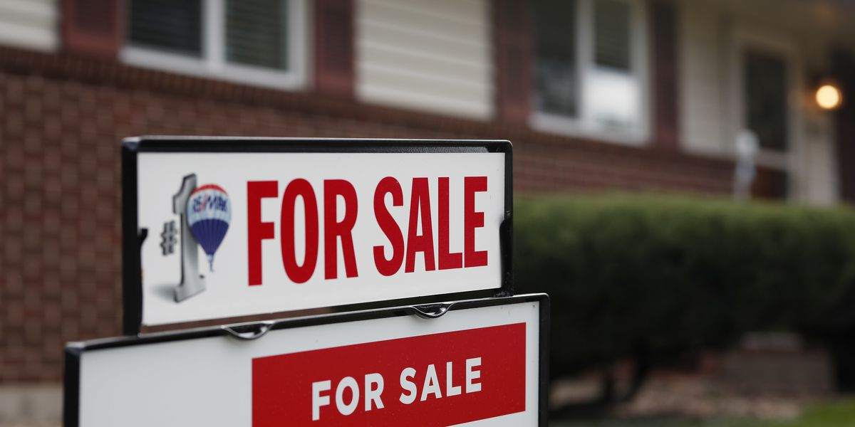 Mortgage rates hit 7-year high, crimping home sales