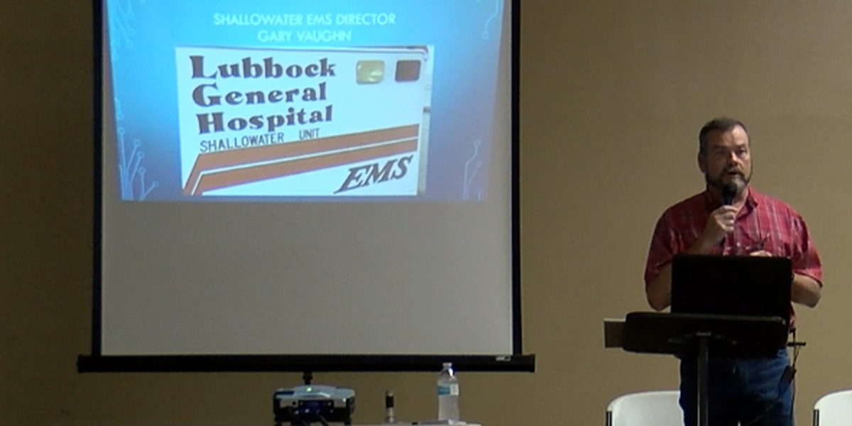 Shallowater holds town hall meeting to discuss future of EMS