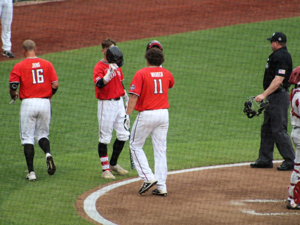 Red Raiders hit 3 home runs to eliminate Arkansas