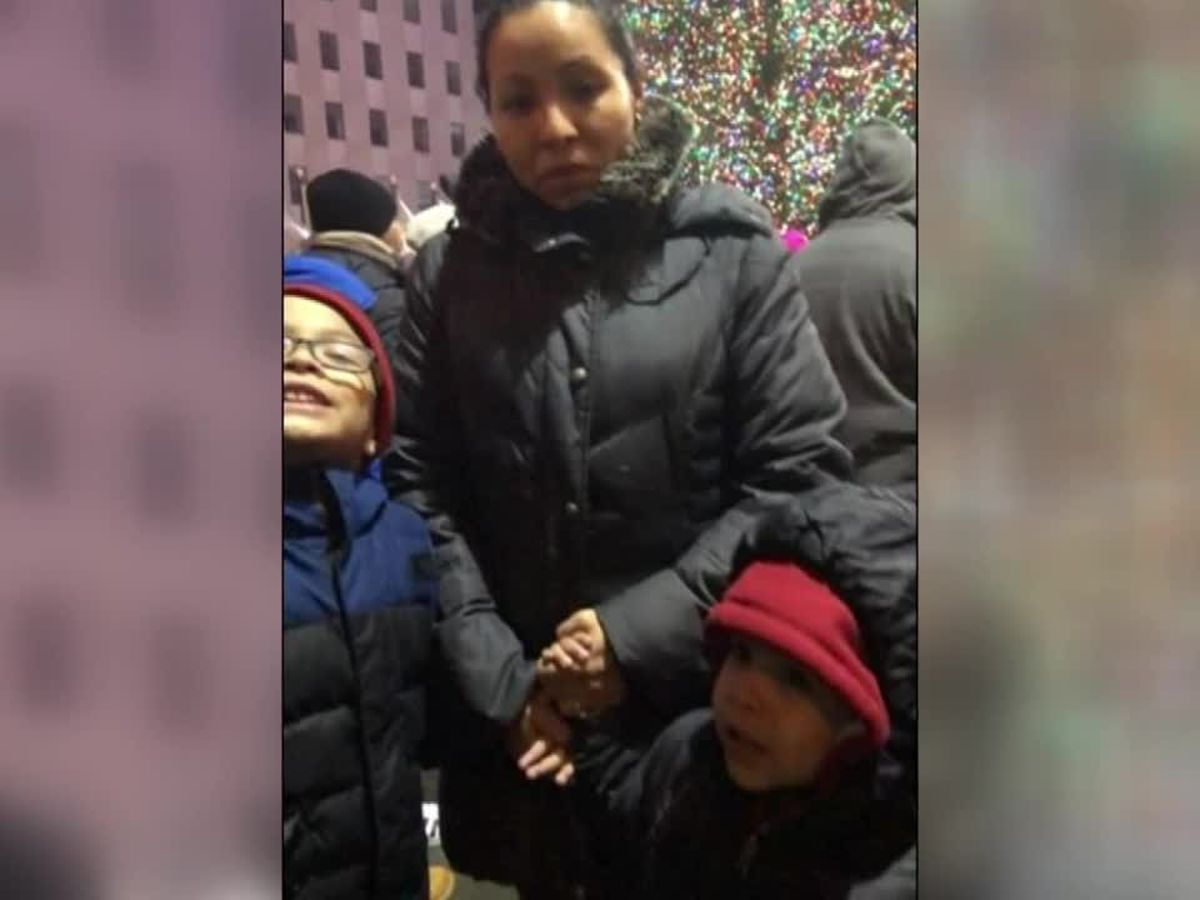 Stray bullet kills mother of 3 in her home in NY