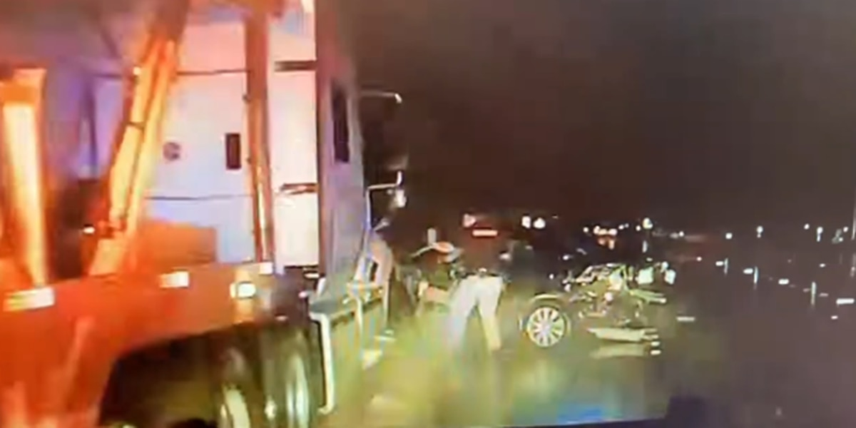 Wharton County deputy nearly struck by oncoming 18-wheeler