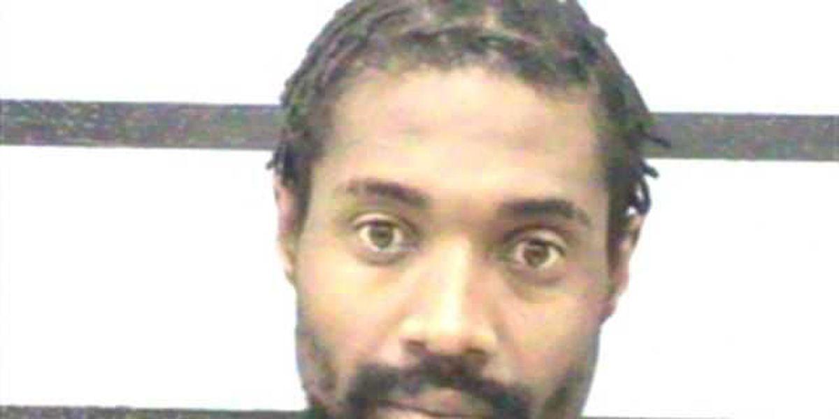 Man arrested after central Lubbock stabbing