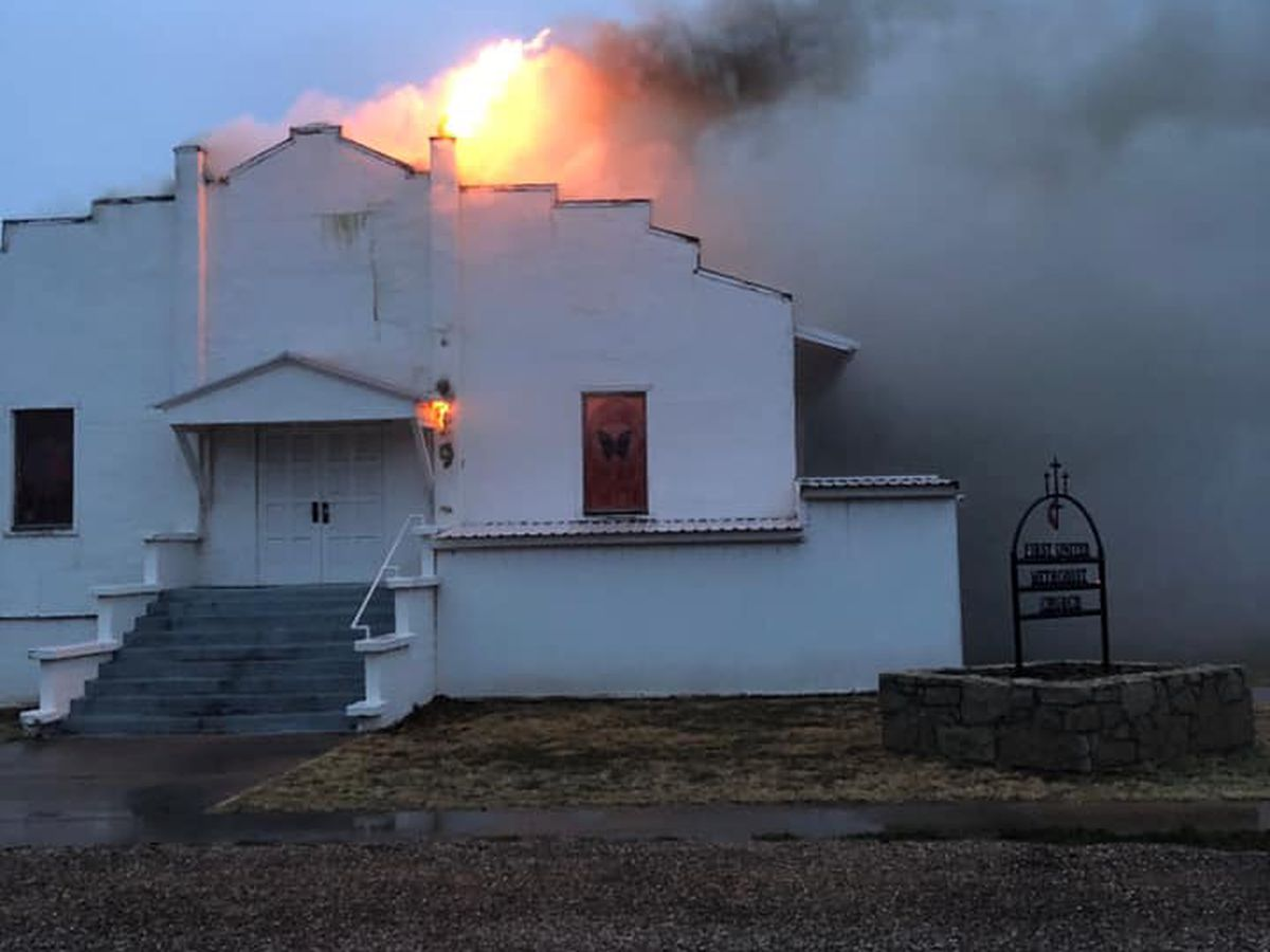 First Methodist Church in Jayton damaged in Friday morning fire