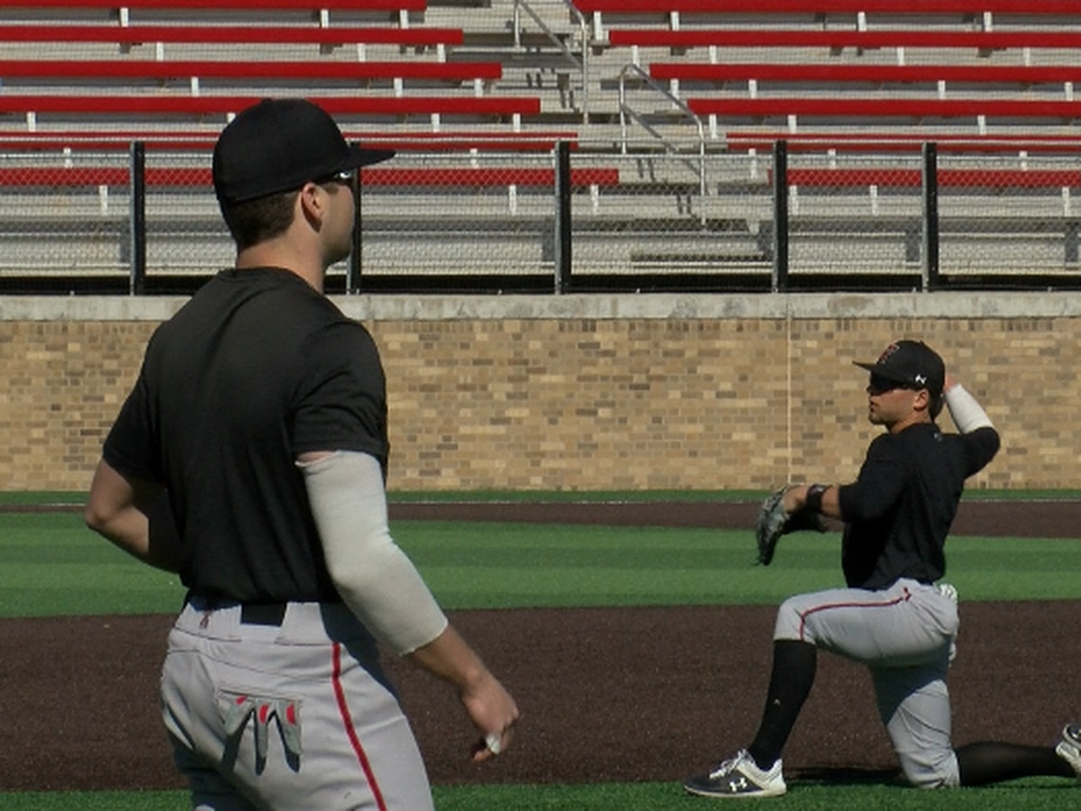 Texas Tech falls to Tennessee in Round Rock Opener