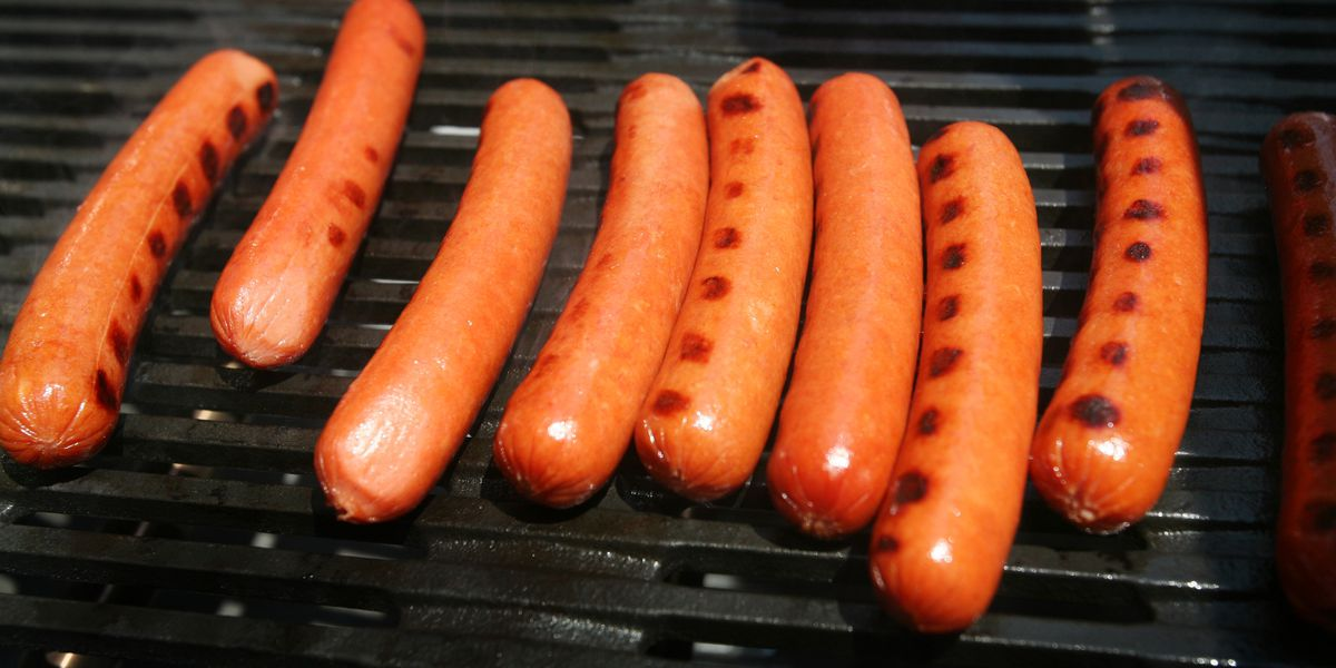 Vienna Beef recalls thousands of pounds of hot dogs