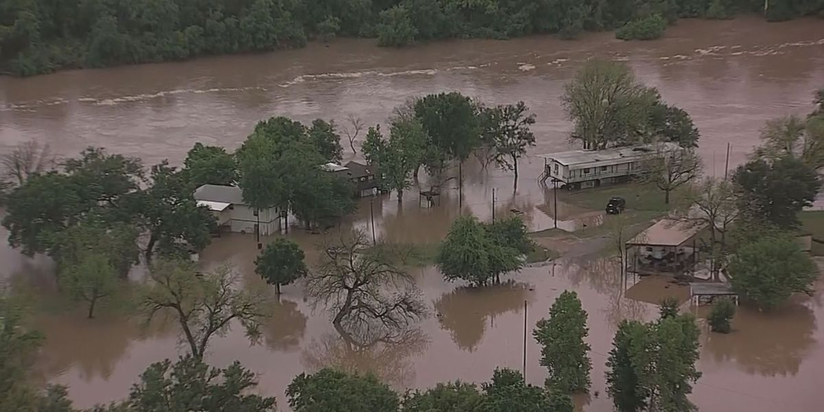 Lubbock Red Cross aids flood victims near Fort Worth