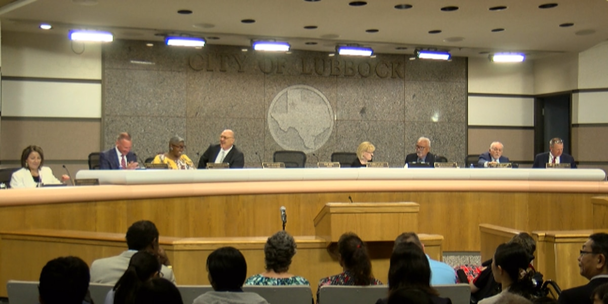 City Council discusses budget, Citizens Tower and high water warning system