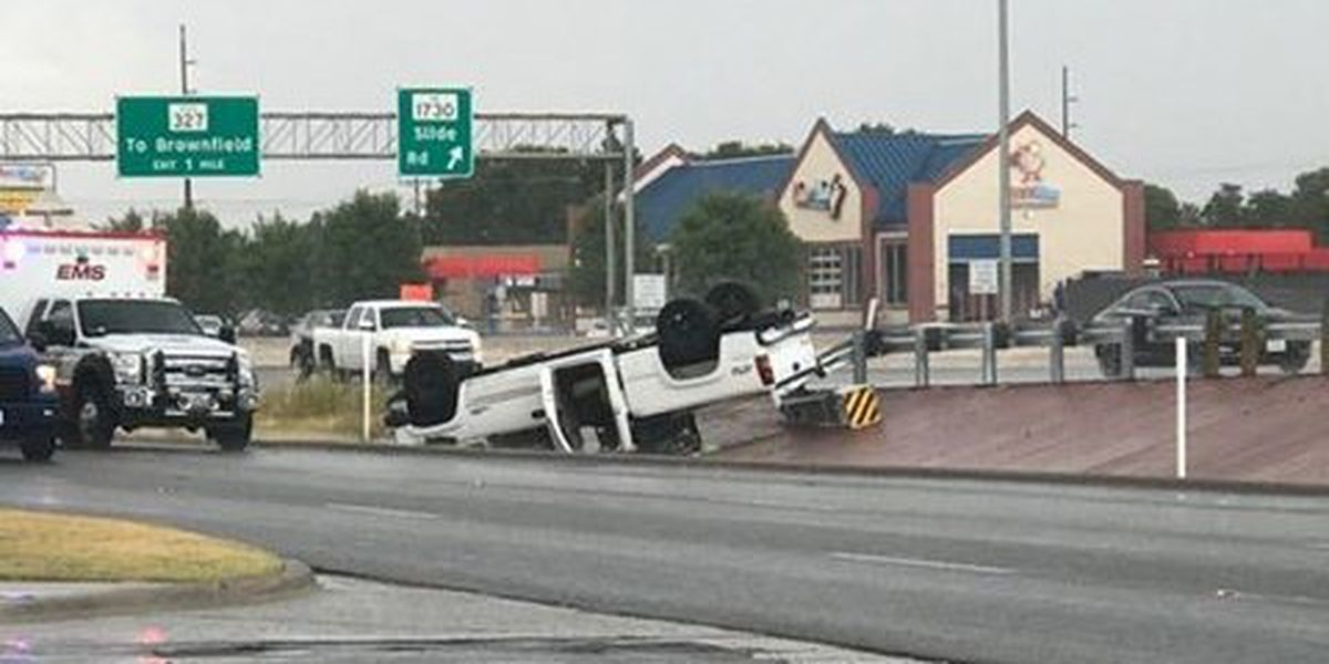 1 injured in rollover at Quaker & South Loop