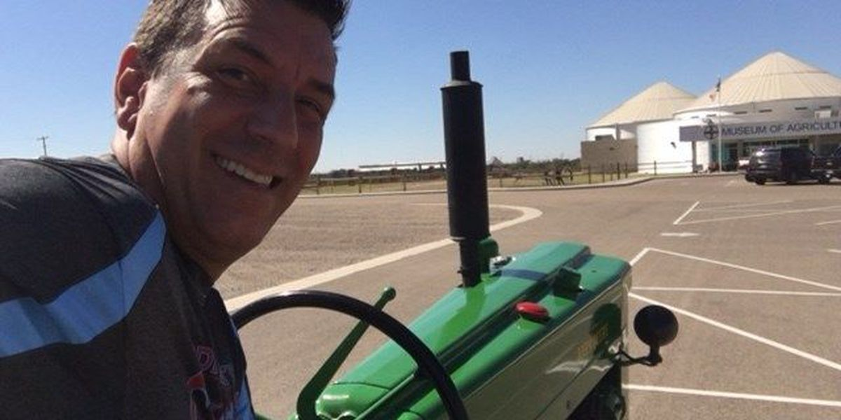 I Beat Pete: Antique Tractor Challenge at Bayer Museum
