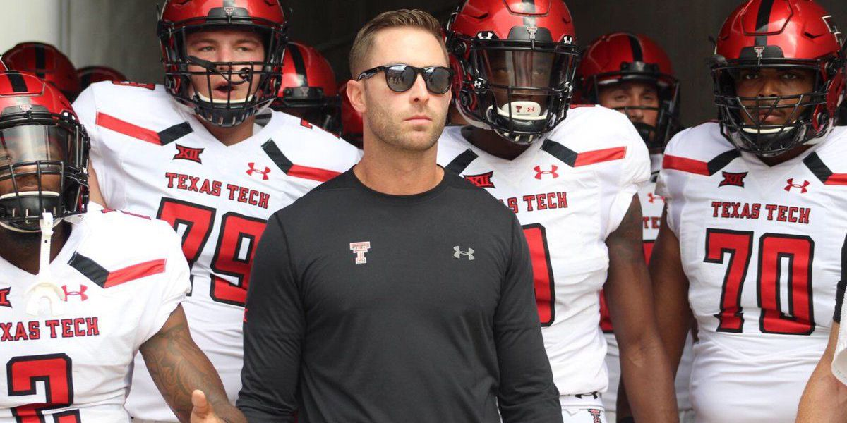 Texas Tech snaps Houston's 16 game winning streak, 27-24
