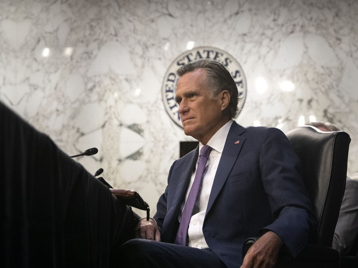 Romney knocked unconscious in fall, but 'doing better'