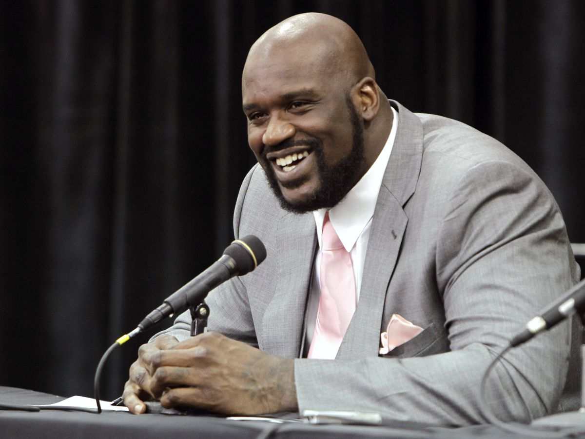 Ex-NBA superstar Shaq assists stranded Florida driver