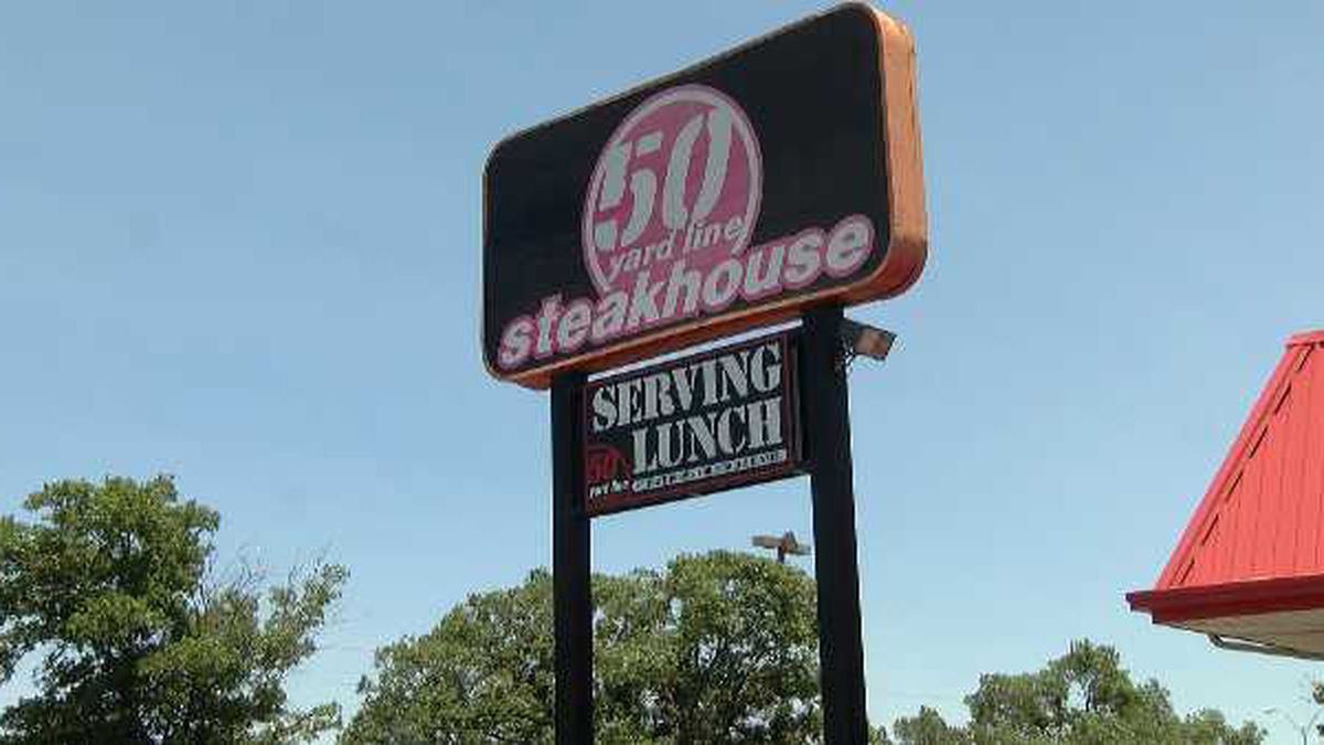 Lubbock's The Fifty Yard Line Restaurant auctioning off items after closing