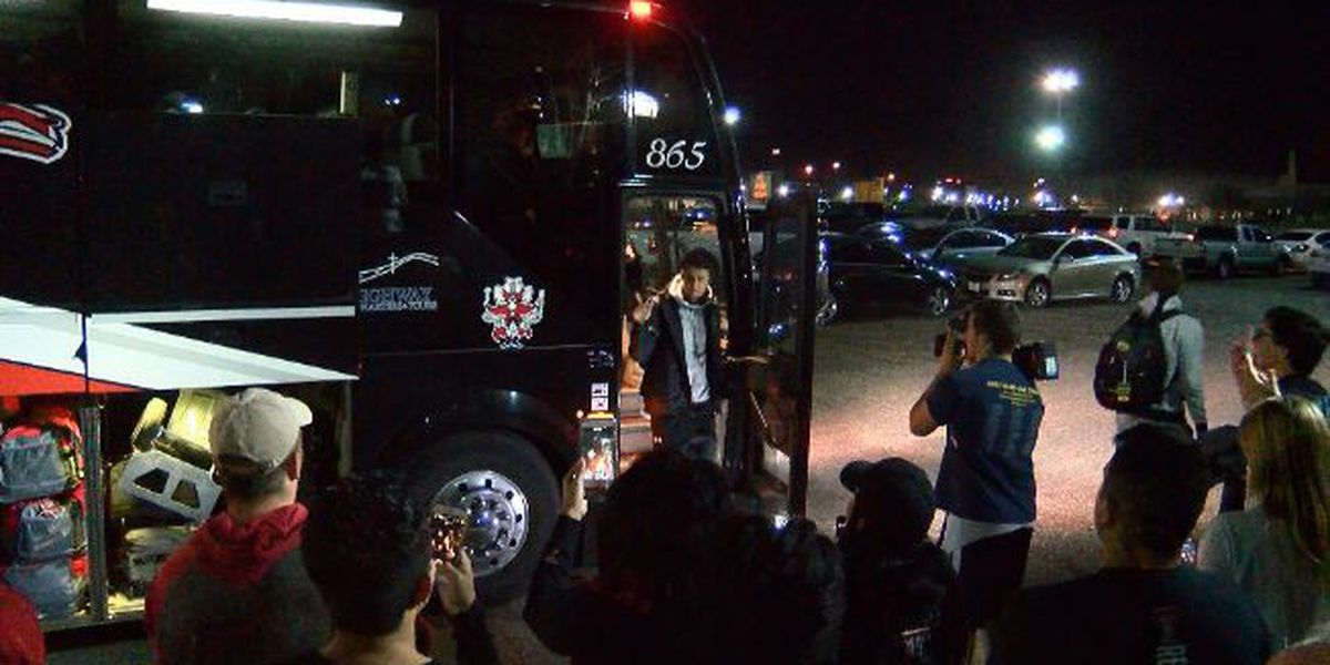 Red Raiders return home to cheering crowds after NCAA tournament