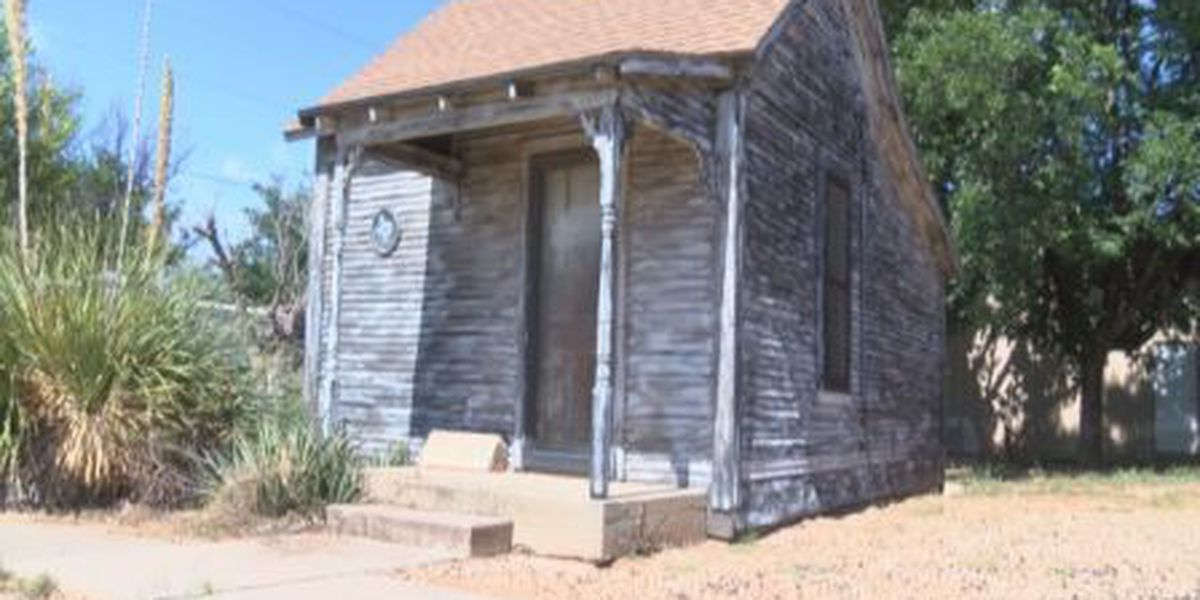 Home of early Texas settlers preserved in Plains