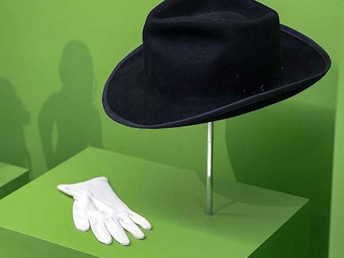 Indianapolis children's museum pulls Michael Jackson display items