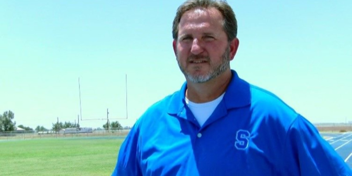 Scott Royal steps down as Smyer Head Football Coach