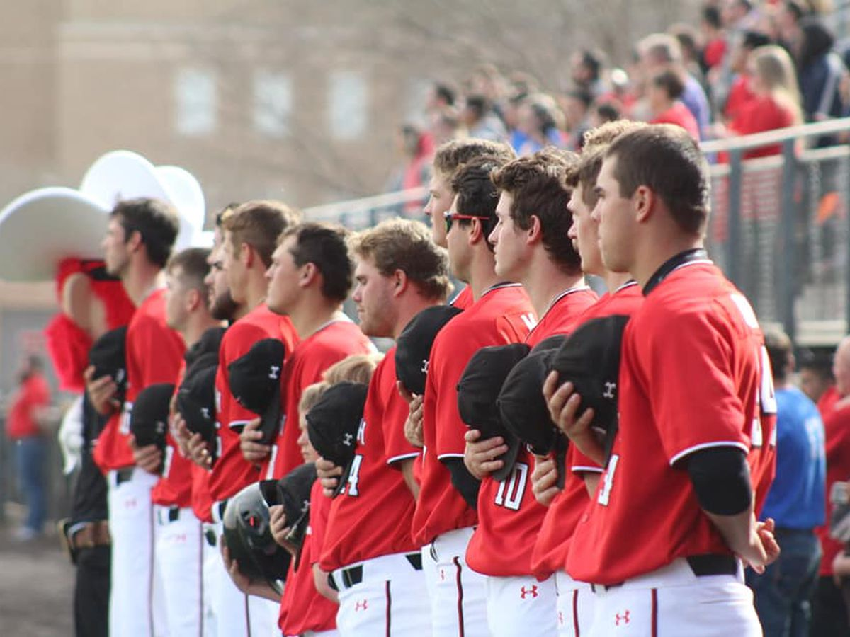 No. 3 Texas Tech baseball comes back to beat Oregon