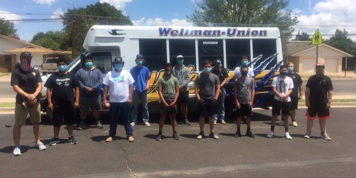 Wellman-Union Football team blessed by Lubbock Dental Group