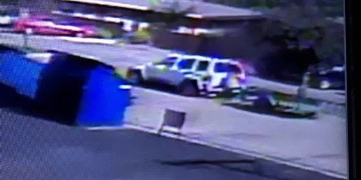 Lubbock police searching for vehicle involved in two theft cases