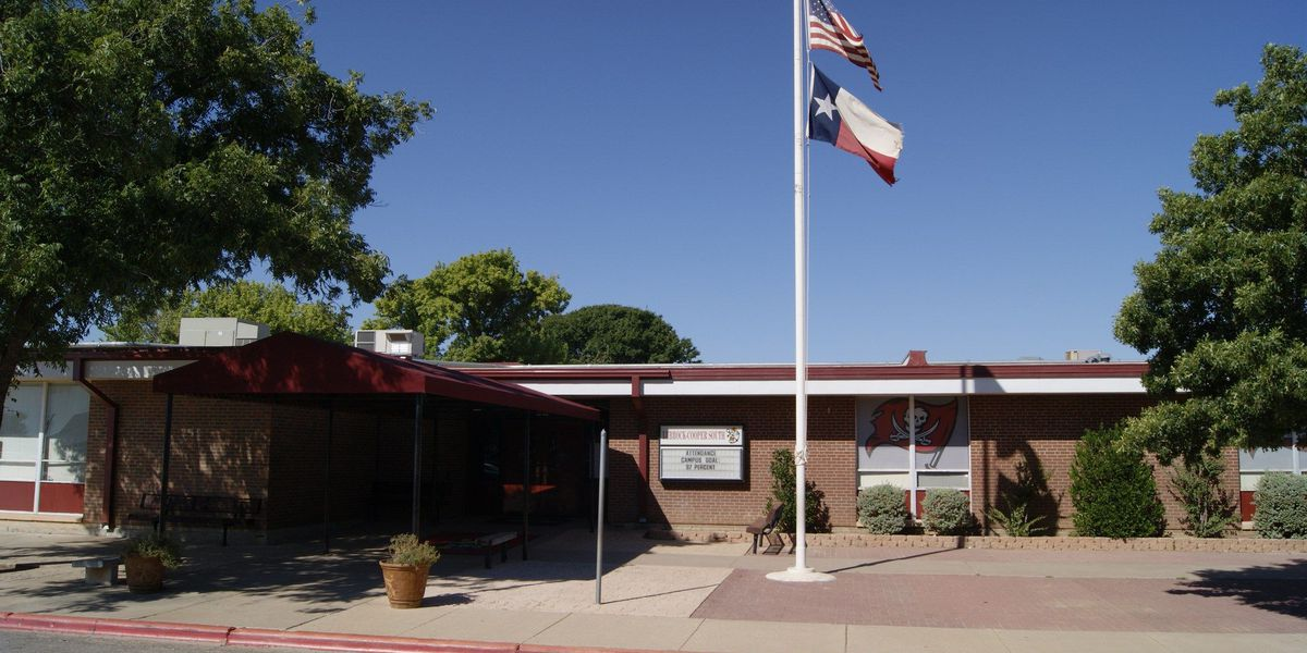 Pepper-spray discharges in Lubbock-Cooper South Elementary
