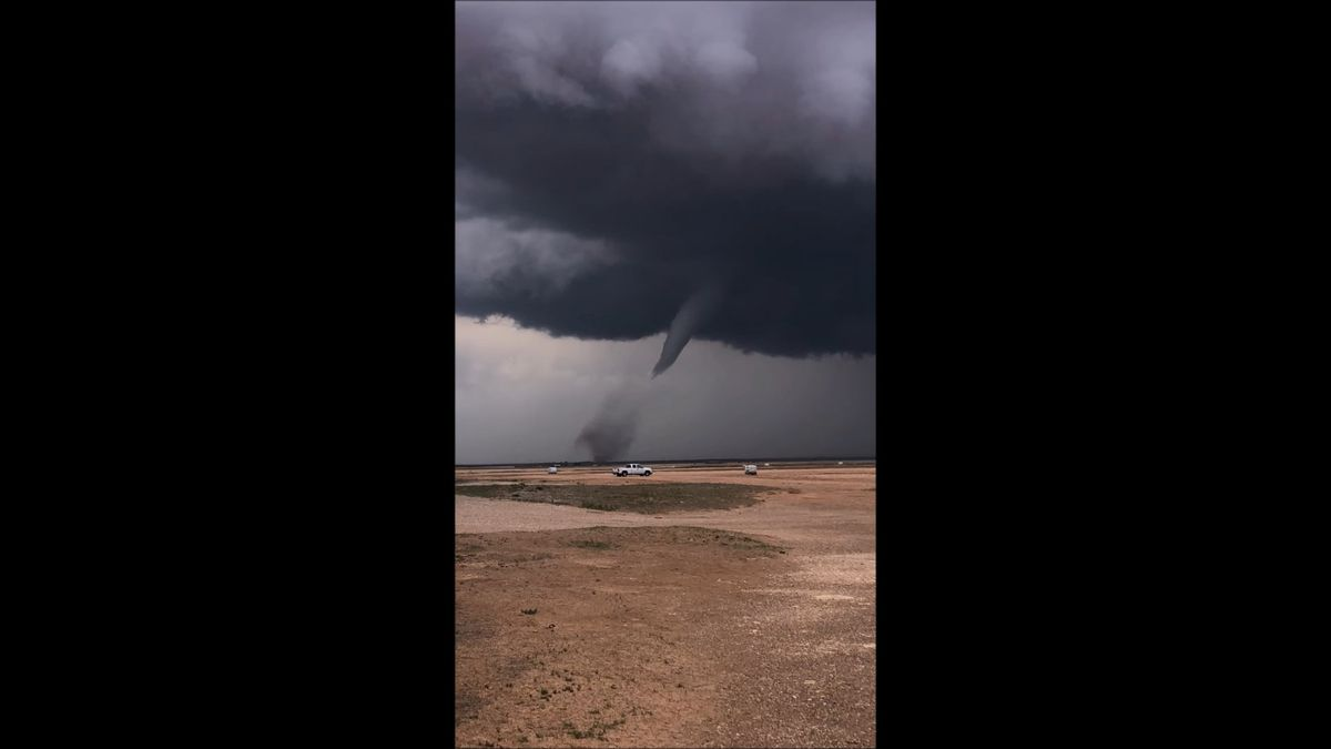 VIDEO: Tornado warning expired for Lamb County, severe storms continue
