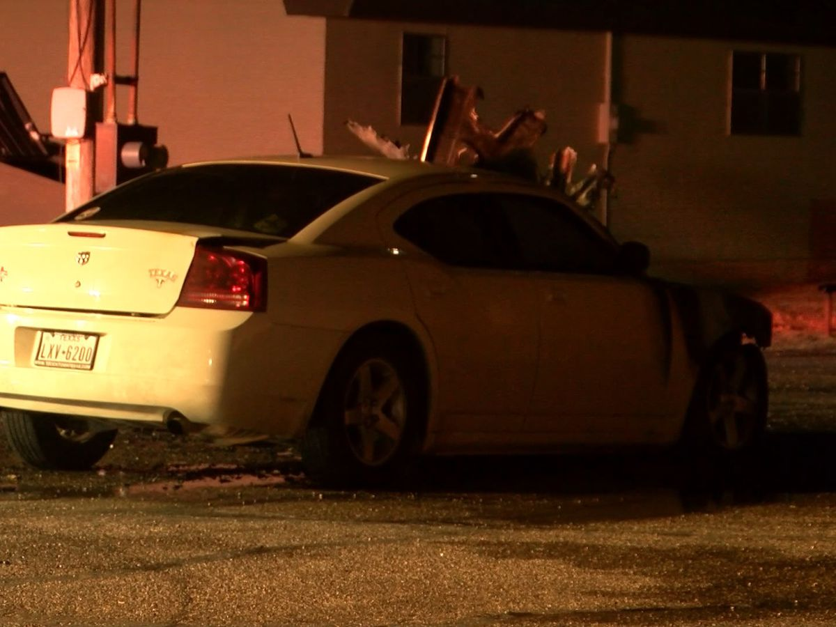 Good Samaritans help victims of Thursday night car fire