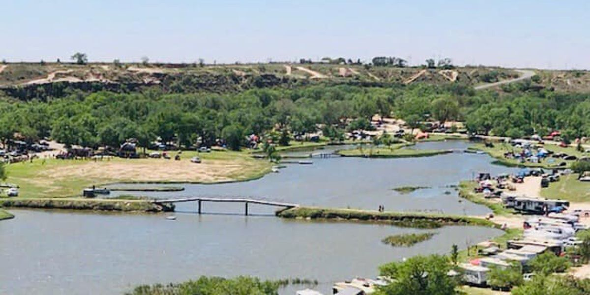 Man in critical condition after jet ski crash at Buffalo Springs Lake