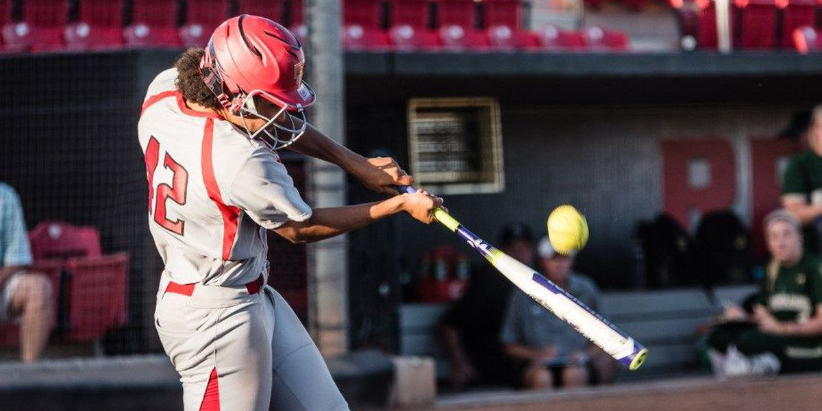 Hartwell goes deep in loss at Texas