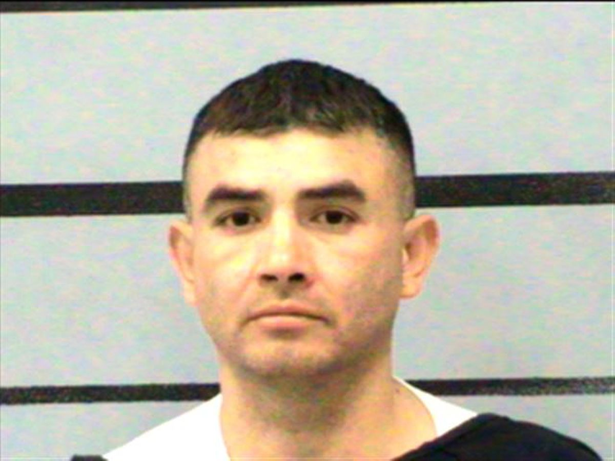 Lubbock man sentenced to 35 years for 'slashing' girlfriend with box cutter, biting off a 'chunk of flesh'