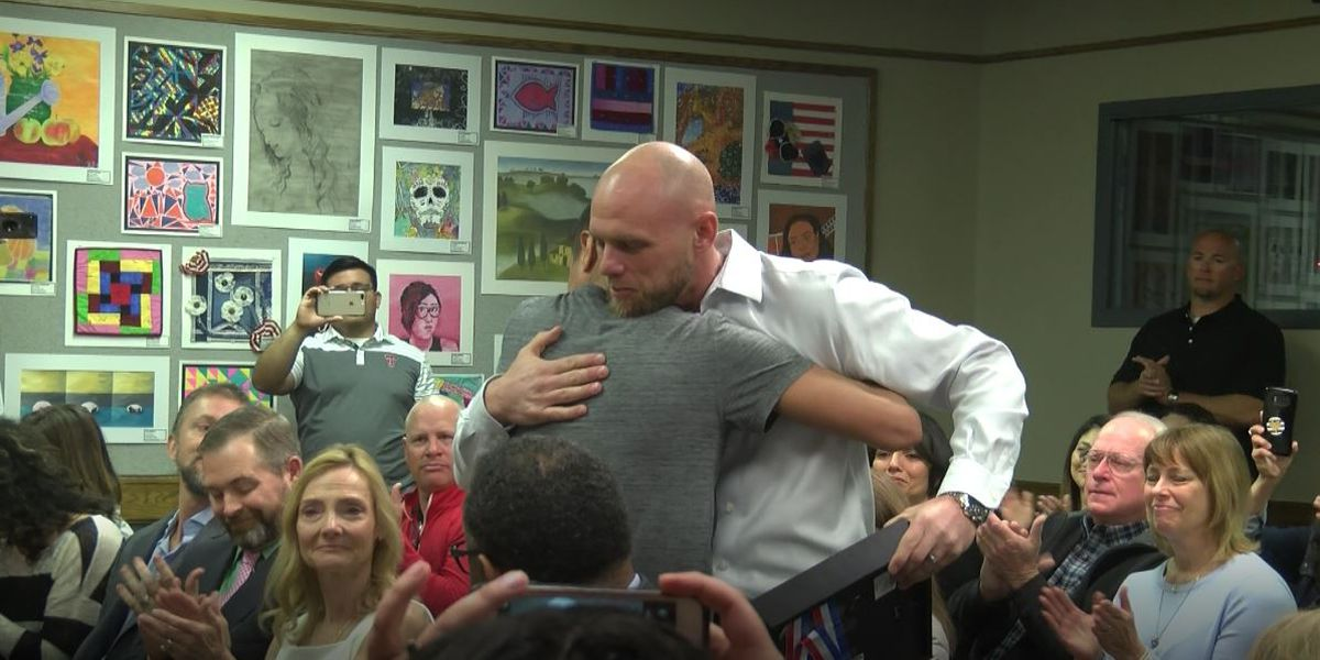 State champion wrestler meets man who saved father's life