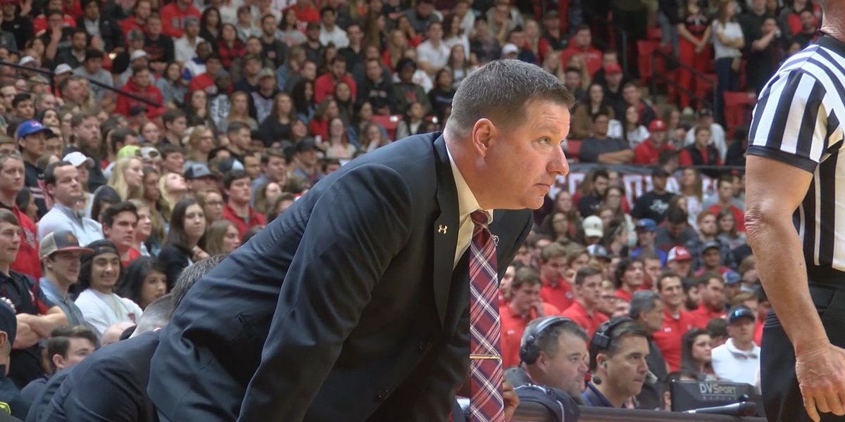 VIDEO: Chris Beard named AP Coach of the Year