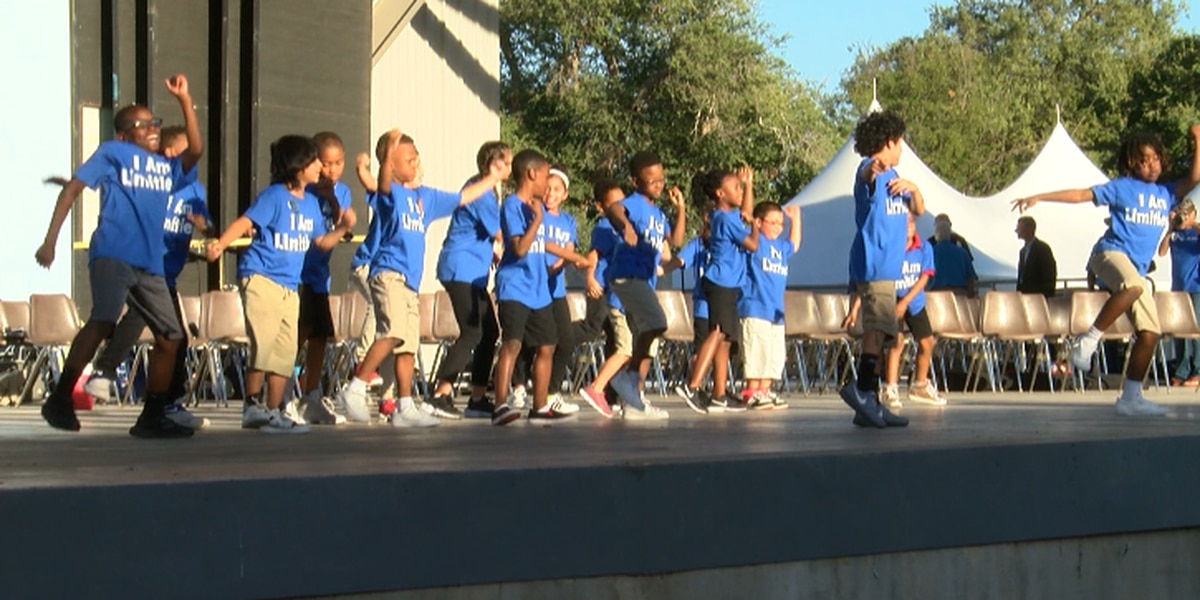 3rd annual Paint the E-side Blue celebration honors East Lubbock schools
