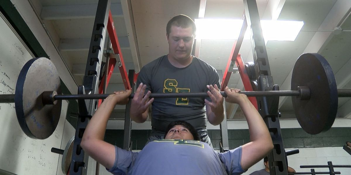 Worth the Weight: Springlake-Earth still going strong thanks to weight room donation
