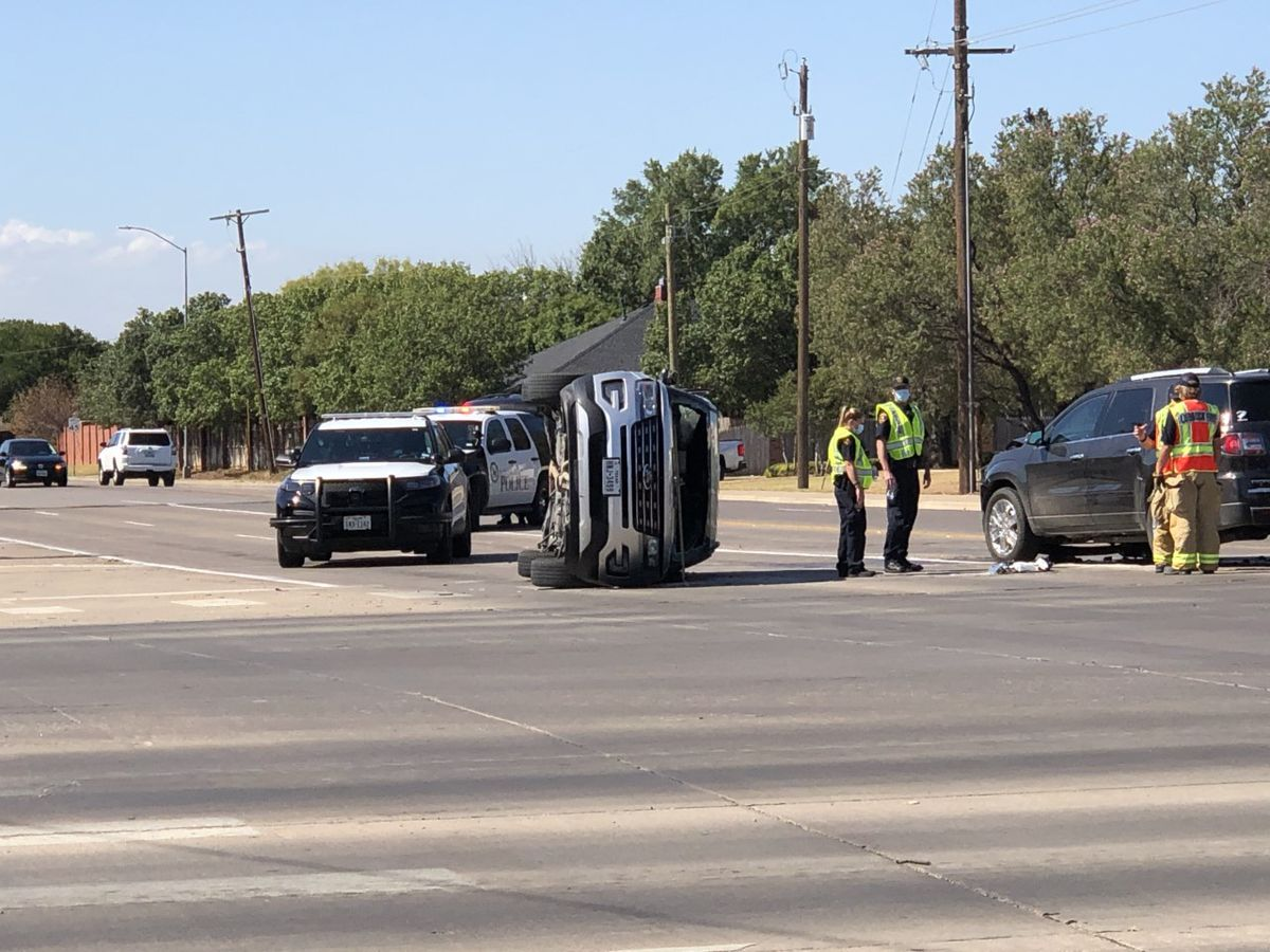 Traffic diverted for rollover on 82nd Street and Frankford Ave.