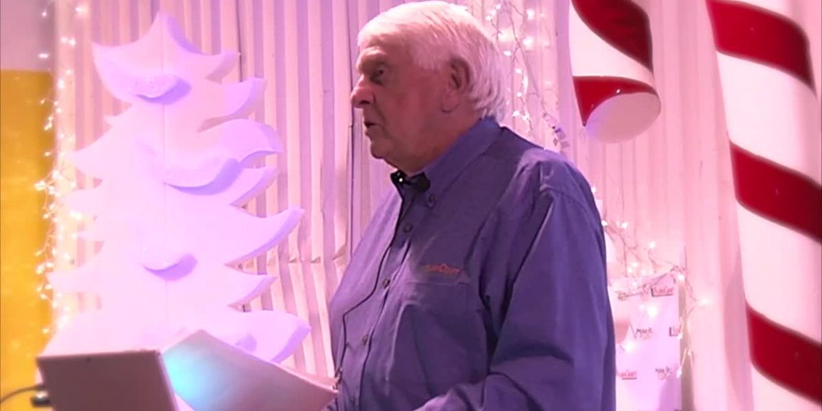 Company gives out $4 million in Christmas bonuses