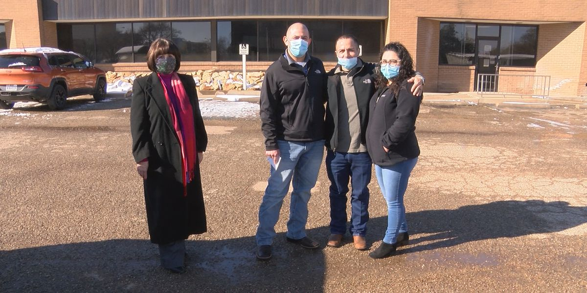 Pay It Forward: Lubbock family nominates man who helped them during holidays