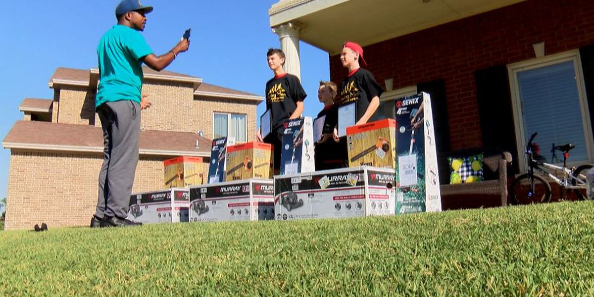 Alabama man travels 15 hours to congratulate South Plains kids for completing 50 Yard Challenge