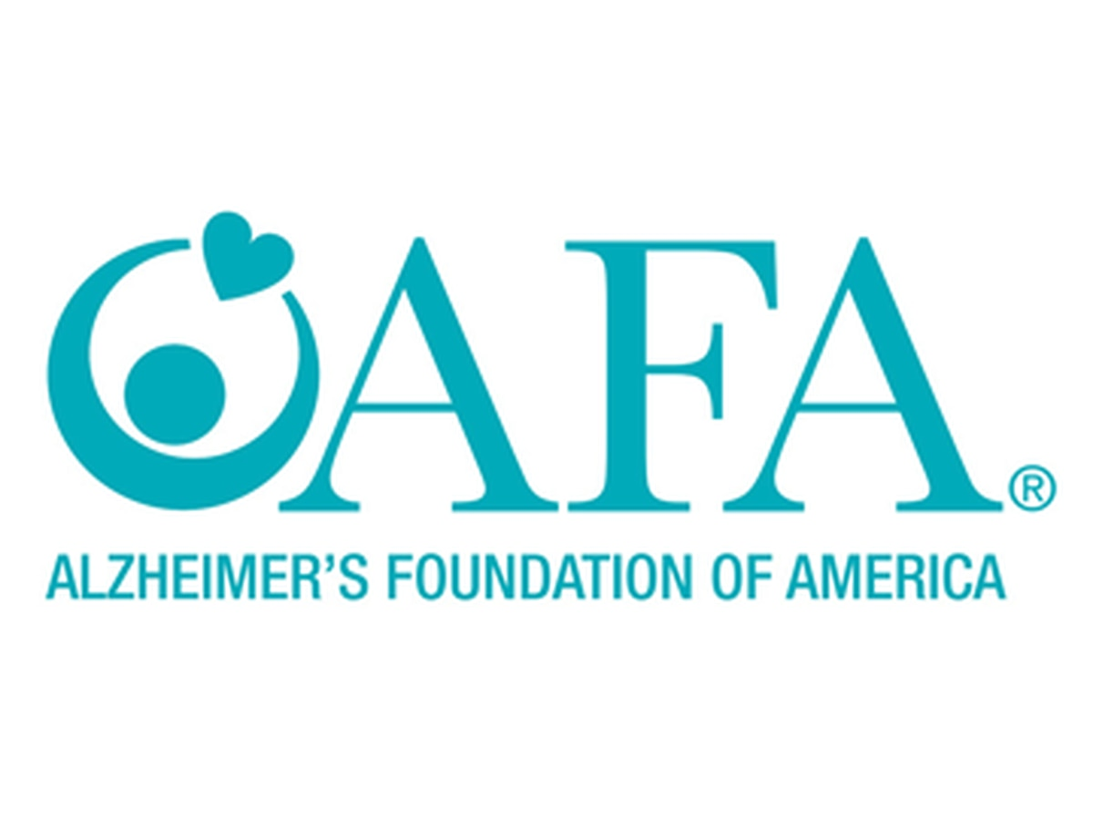 Teens impacted by Alzheimer's disease encouraged to apply for scholarships